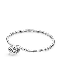 Moments Smooth Regal Heart Padlock Clasp Bracelet, Sterling silver - PANDORA - #597602