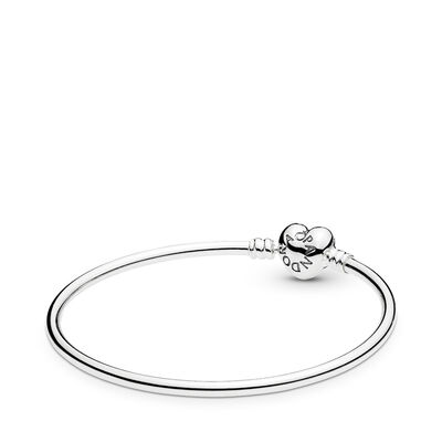 Moments Silver Bangle, Logo Heart Clasp, Sterling silver - PANDORA - #596268