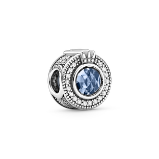 Sparkling Blue Crown O charm