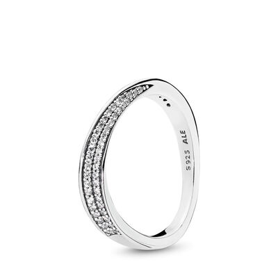Elegant Waves Ring