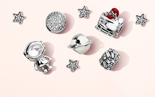 christmas gift guide christmas charms christmas gift sets gift cards